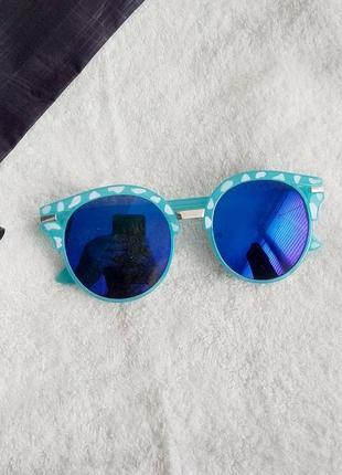 Солнцезащитные очки uv400 тренд 2021 зеркальные в стиле rayban ретро кошки