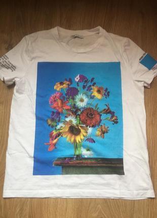 Красивая футболка
