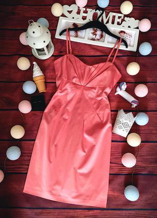 Красивое коктельное платье ginatricot
