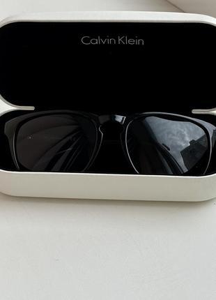 Сонцезахисні окуляри calvin klein +чохол5 фото