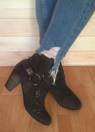 (38 р. /24,5 см) ботинки бренда roots. № 132
