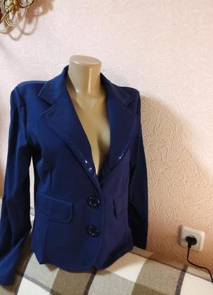 Красивый трикотажный пиджак  h&w 100% хлопок