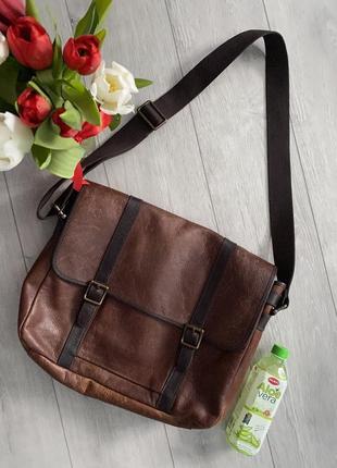 Шикарна шкіряна сумка fossil