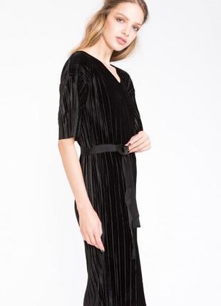 Стильное платье numph бархатное плиссе