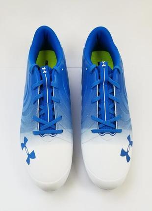 Мужская футбольная обувь