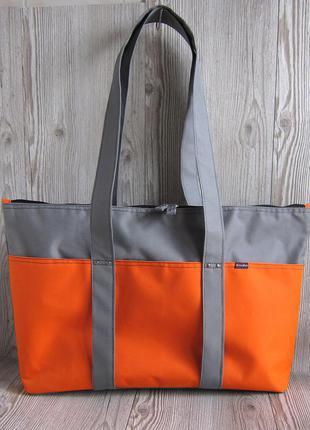 Яркая спортивная сумка, сумка-уикендер