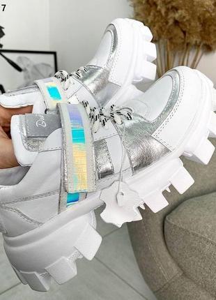 Красивенные кроссовки
