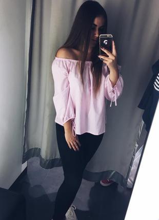 Розовая кофточка на плечи fb sister