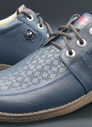 Кожаные ачественные туфли с перфорацией, демисезонные из натуральной кожи levis