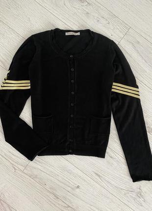 Чёрный кардиган с золотым акцентом на рукавах французского бренда kookai