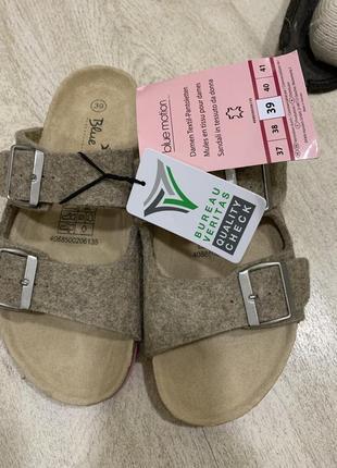 Шлепки сланцы сандали