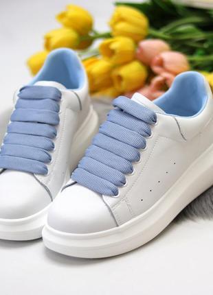 Белые натуральные кожаные кеды с яркими шнурками 36-40