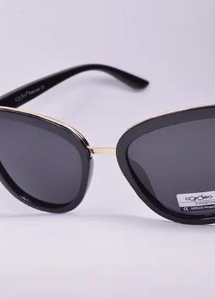 В наличии женские солнцезащитные очки