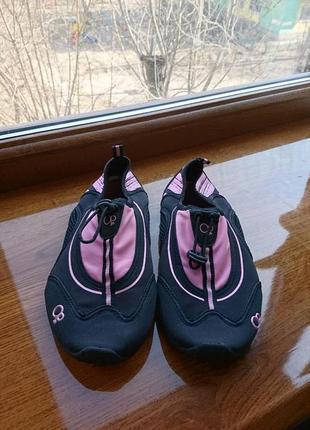 Обувь для купания в море р 39 резиновая  аквашузы