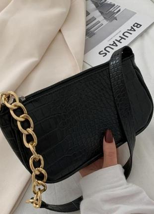 Новая сумка багет чёрная кожаная цепь
