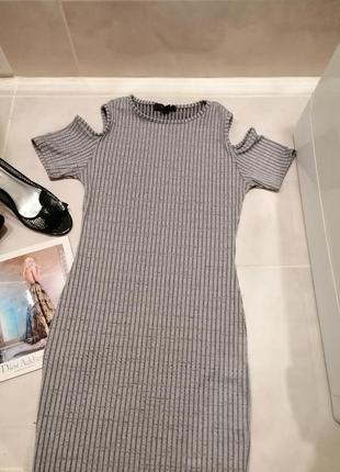 Платье-футляр миди