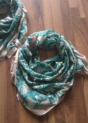 Платок и хусток и шарф