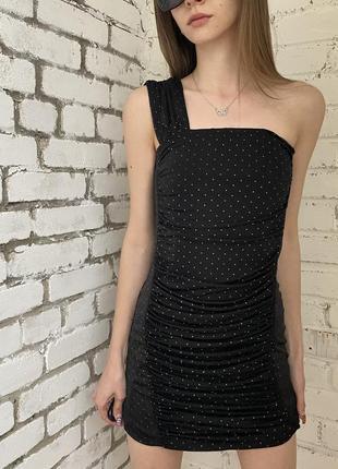 Платье стразы мини чёрное на плече zara