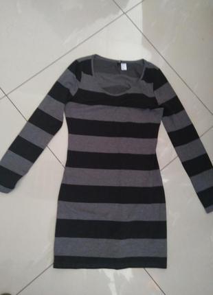 Платье h&m трикотаж