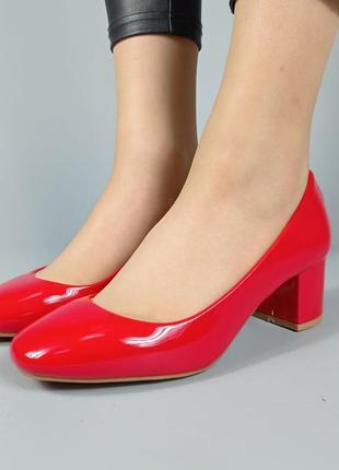 Туфли f200a-1 красные лакированные на каблуке