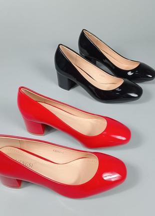 Туфли f200a черные лакированные на каблуке4 фото