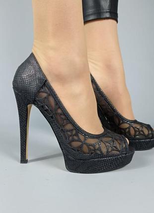 Туфли код 282 черные на шпильке на каблуке открытый носок
