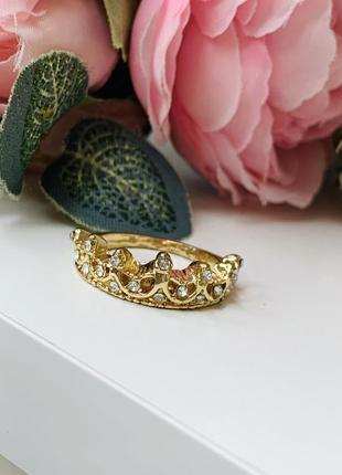 Эффектное кольцо корона