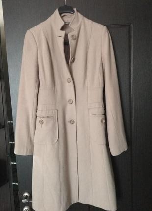 Светлое весеннее пальто шерсть размер s
