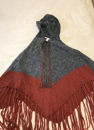 Вязанное пончо