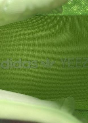 Шикарные кроссовки adidas yeezy v2 350 glow in dark3 фото