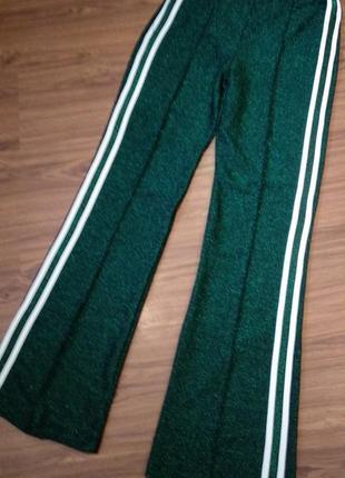 Трикотажные стрейчивые брюки с люрексом размер s-m