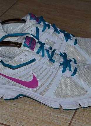 Nike 41/5р кроссовки оригинал. беговые, фитнес. 2015г.в.