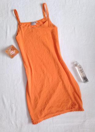 Плаття  морквяного кольору