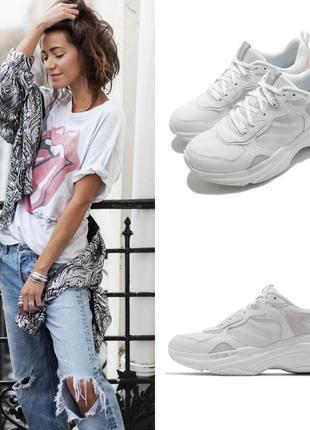 Облегченные базовые кроссовки американского бренда skechers energy racer - embrace her