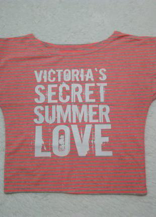 Яркая футболка victoria's secret