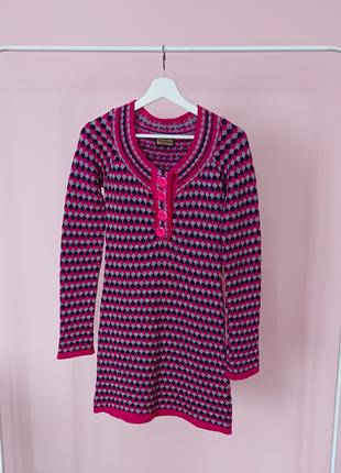 Платье свитер розовое в ромбы2 фото