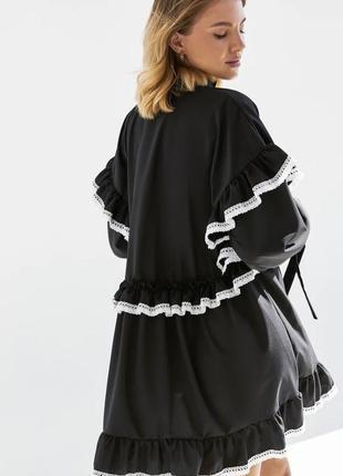 Свободное платье с ажурным кружевом3 фото