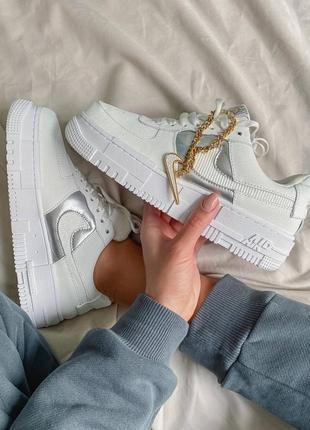 Женские кроссовки nike air force 1 pixel white gold chain