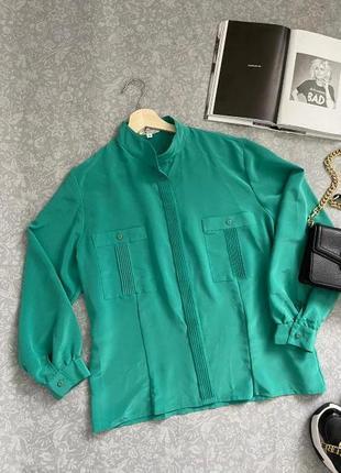 Блуза с драпировкой и воротником стойкой невероятного цвета, 16 р.