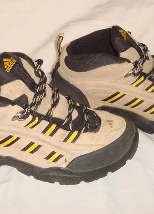 Термо ботинки р.37 adidas оригинал женские, демисезон, зимние, треккинговые