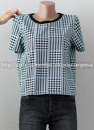 Стильная футболка оверсайз
