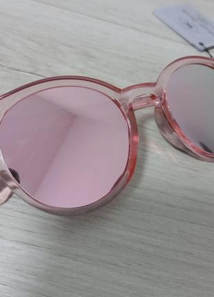 Очки с зеркальными стеклами
