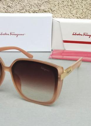 Salvatore ferragamo модные женские солнцезащитные очки большие бежевые с градиентом