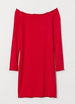 Мини платье h&m divided,  красное женственное с открытыми плечами