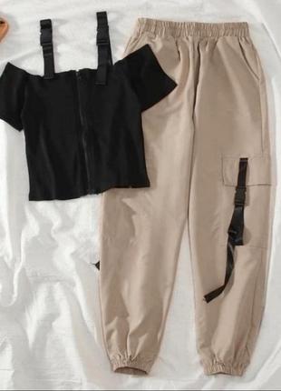 Спортивный костюм прогулочный костюм