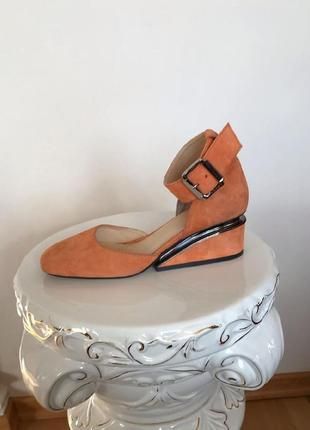 Замшевые элитные туфли на танкетке натуральная итальянская замша