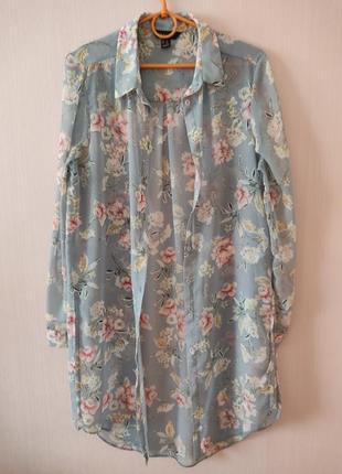 Красивая,легкая ,удлиненная блуза в цветочный принт.