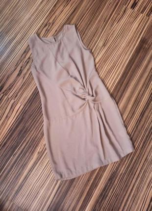 Легкое платье с узлом