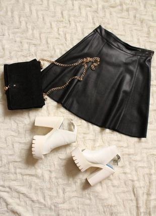 Шикарная юбка кожзам от известного бренда