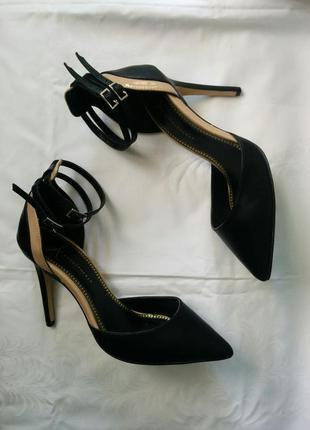 Босоножки туфли острый носок с застежками лодочки шпилька каблук эко кожа